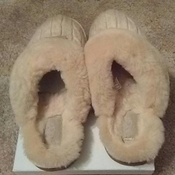 ugg shoes 1865 slipper excellent condition poshmark rh poshmark com